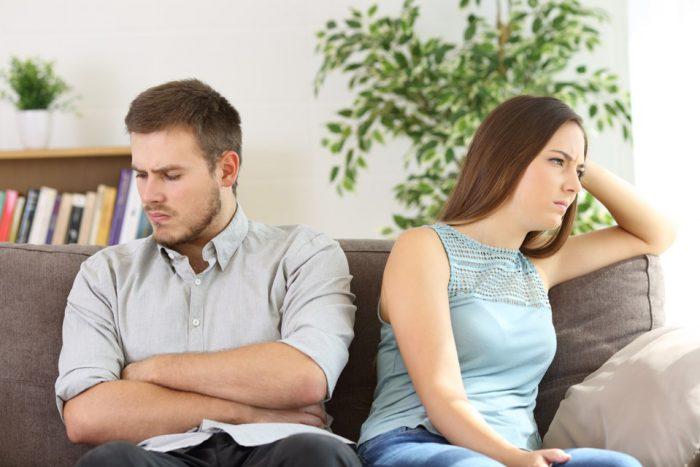 عدم اعتماد به همسر
